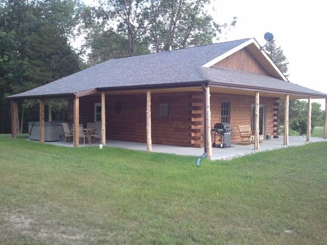 Secluded rental cabin on southern illinois wine trail for Southern illinois home builders