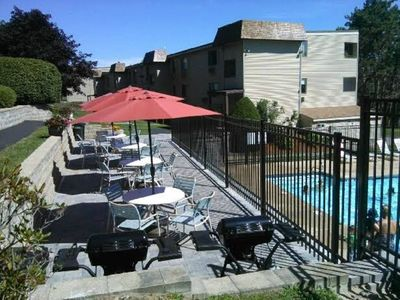 Photo for Gorgeous 3 Bedroom Weirs Beach - Laconia Condo!