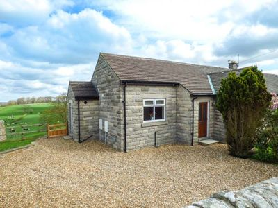 Photo for OVERDALE, pet friendly, with a garden in Stainton, Ref 948501