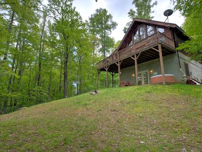 Photo for Red Wolf - Beautiful cabin, fenced yard for pups, hot tub, game room, includes Biltmore & more!