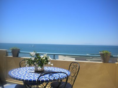 Photo for Beautiful apartment with a pool in a complex in the Cap d 'Agde