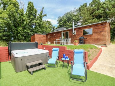 Photo for TAMAR LODGE, with hot tub in Hatt, Ref 982202