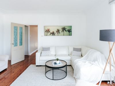 Photo for Quirky and Comfy Holiday Home close to Austinmer and Thirroul Beach