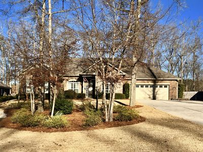Photo for Quiet, Spacious, Private Augusta Masters Rental 5 Bedroom 3.5 Bath, sleeps 9-10