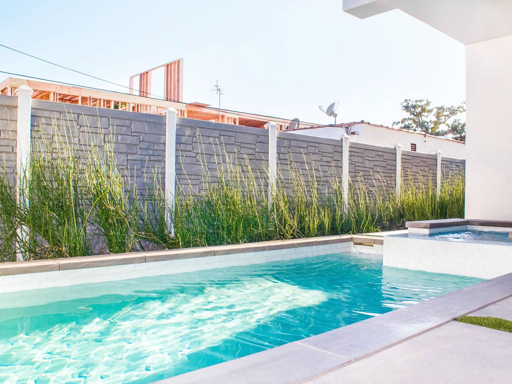 Property Image#5 West Hollywood Mansion With Big Rooftop Patio, Private Pool,  Hot