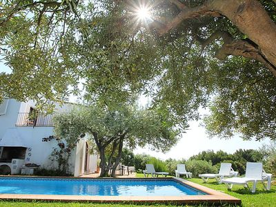 Photo for 4 bedroom Villa, sleeps 8 in Begur with Pool
