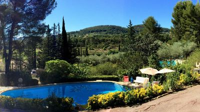 Photo for VILLA, private pool, garden terraces, quiet, in the pines.