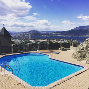 Photo for BOUTIQUE CHATEAU LAKEVIEW 5 MINS 2 LAKE HOT TUB POOL OUTDOOR  FP, DINNING BBQ