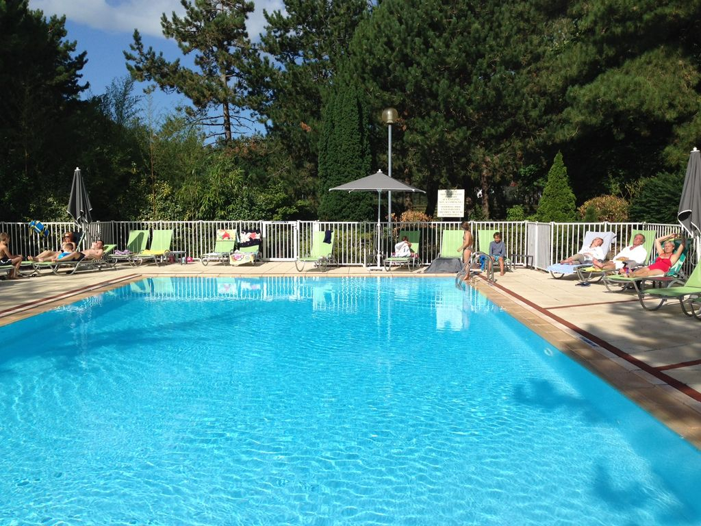 2 appartements de 51m2 tennis et piscine dans l 39 h tel du for Hotel touquet avec piscine