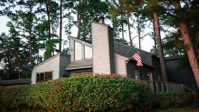 Photo for Best Waterfront- Game House Fun, Wi Fi, Fire Pit, Sleeps 12, Lit Sundeck