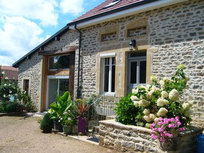 Photo for 4-star 3-bedroom house sleeps 5, with playroom in Burgundy