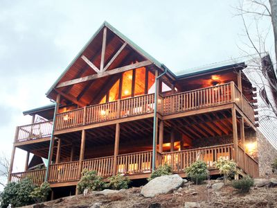Photo for Majestic Point Lodge, 5 Bedrooms, Pool Access, Views, WiFi, Sleeps 16