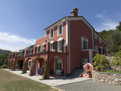 Photo for BAIA BLU apartment in villa five minutes from the Cinque Terre