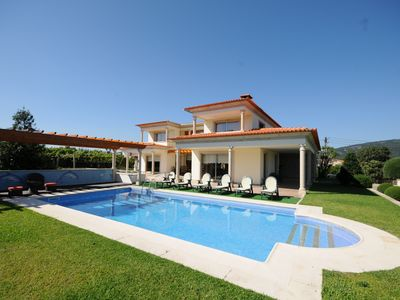 Photo for 4 bedroom Villa, sleeps 9 with Pool, FREE WiFi and Walk to Shops