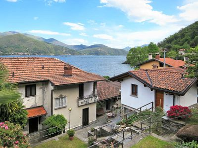 Photo for Apartment Appartamento al Lago  in Cannobio (VB), Lago Maggiore - Lake Orta - 4 persons, 2 bedrooms