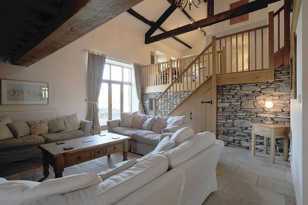 Converted Barn Just Off The Beaten Track To Windermere