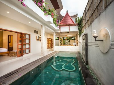 Photo for Affordable Stylish Private 4 Bedroom Villa, Uluwatu