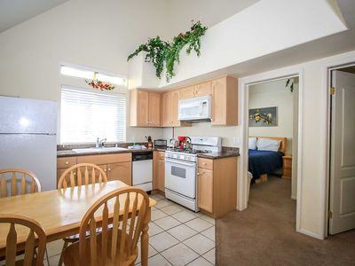 Photo for Country house in the center of Big Bear Lake with Parking (983658)
