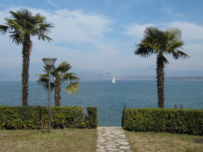 Photo for RESIDENCE BLUE LAKE LAKE FRONT with 2 bedrooms, 4 beds, parking