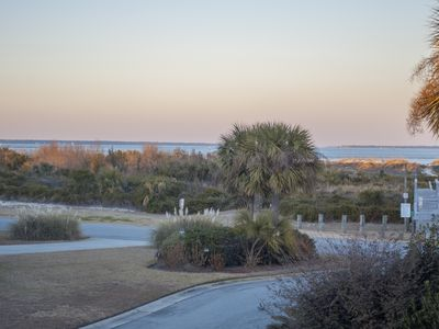 Photo for 3 Bedroom 2.5 bath with Gorgeous Views in Captain View neighborhood