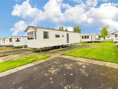 Photo for 6 berth caravan for hire at Southview Holiday park Skegness ref 33002E