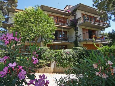Photo for In vacation residence , 40 mt from the sea, apartment for 4-6 people, on the mezzanine floor with a