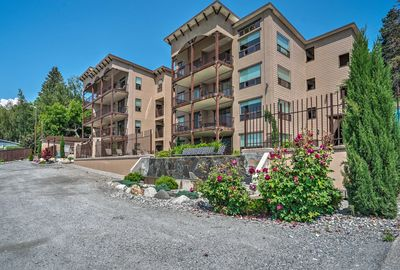 Elevate your Pacific Northwest experience at this Manson vacation rental condo.