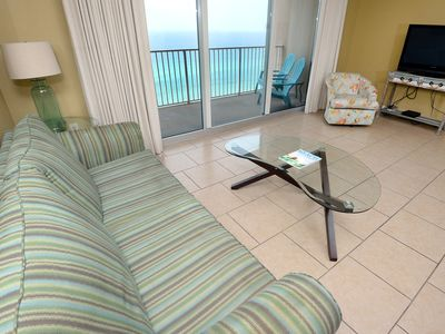 Photo for Welcoming condo! Gorgeous gulf-front views! Free Wi-Fi. Starbucks on-site!
