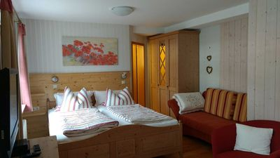 Photo for Cozy & comfortable apartment for Europa-Park 12 km - Haus am Kaiserberg ***, beautiful apartment to Europa Park Rust 12km