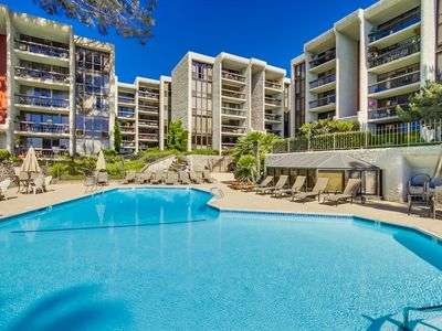Gorgeous 2 Bed/2 Bath Bayfront Property- 30 Night Minimum Required