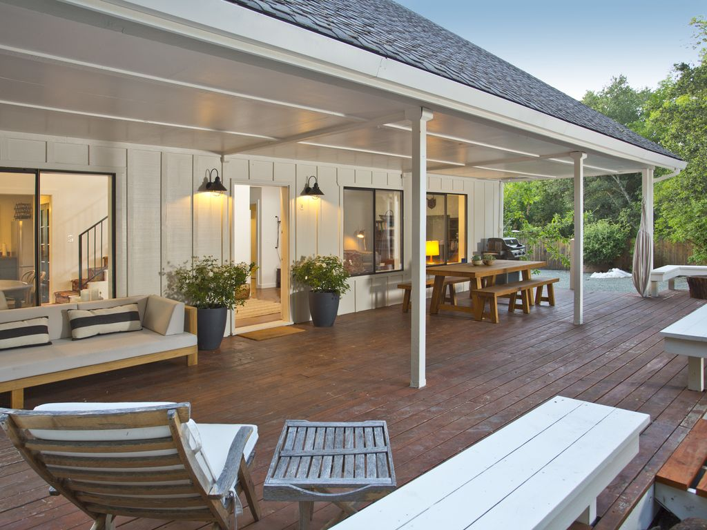 modern farmhouse 5 minutes from calistoga vrbo fire up the grill and have a picnic in the shade of your front porch modern farmhouse