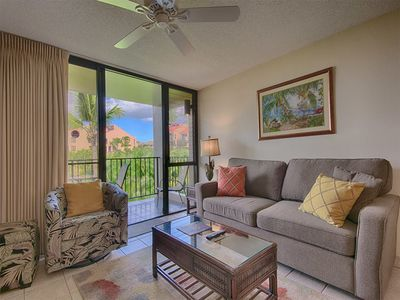 Photo for West Maui Bliss! AC, WiFi, TVs, DVD, Modern Kitchen, Lanai+Laundry–Kamaole Sands 6206