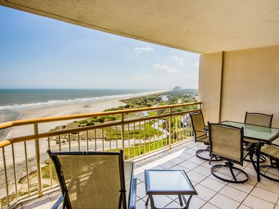 Photo for Wake Up to Sunrise! Direct Oceanfront in S. Tower - Wi-Fi, Pools, Beach Bar