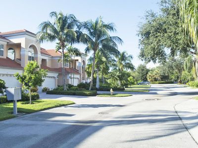 Photo for Lovely 3 bedroom 3 bathroom Coach Home in Windstar on Naples Bay