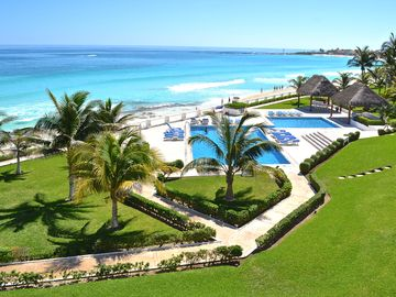 Luxury Cancun Beachfront Condo