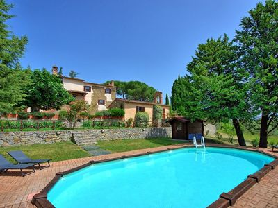 CHARMING FARMHOUSE near Agello with Pool & Wifi. **Up to $-455 USD off - limited time** We respond 24/7