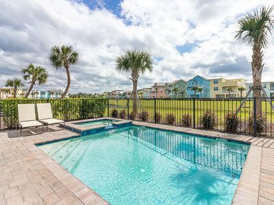 Photo for Gorgeous Margaritaville Cottage with private hot tub! Poolside Tiki Bar! Shuttle service to Disney!
