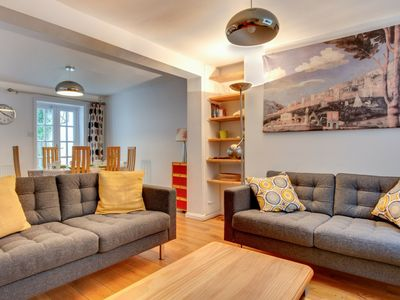 Photo for Light and spacious cottage, located in the pleasant centre of Brighton