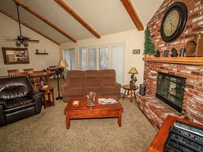 Photo for Apartment in Big Bear Lake with Parking, Internet, Washing machine, Balcony (983635)