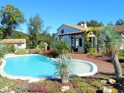 Photo for BEAUTIFUL VACATION VILLA SWIMMING POOL, PLANCHA, TRAMPOLINE, BETWEEN VINEYARDS AND GARRIGUE.