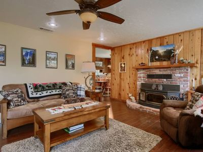 Photo for Yosemite Corner- Clean and modern cabin in a perfect Bass Lake/Yosemite location, guaranteed to create many family memories!