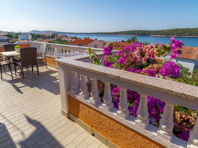 Photo for Apartment Anđela  A1(5)  - Barbat, Island Rab, Croatia