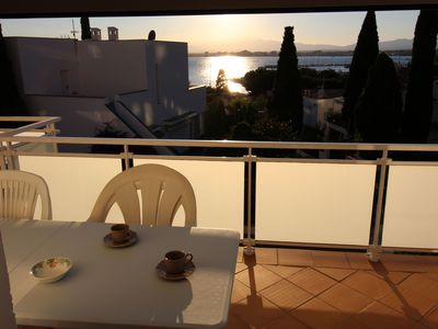 Photo for Apartment very well located near the beach dels Palangrers quiet area in building
