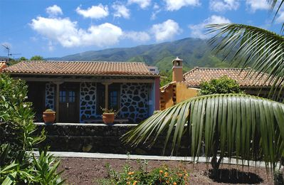 Photo for Holiday cottage in Breña Alta