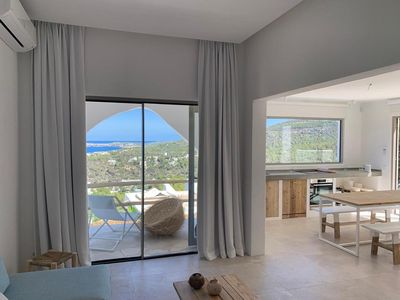 Photo for Bungalow on the heights of Cala Vadella with fantastic sea views