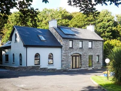 Photo for SUNNYSIDE COTTAGE in Ennistymon, County Clare, Ref 919750