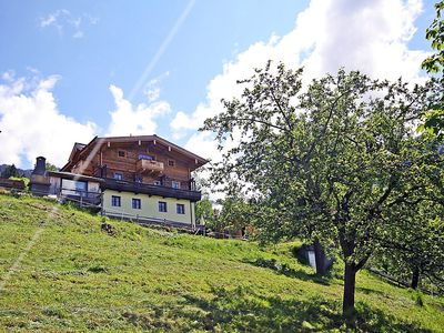 Photo for Apartment 1.4 km from the center of Piesendorf with Internet, Balcony (346507)