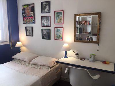 Photo for Double room at post 6, between Copacabana and Ipanema parc. up to 12 x card.