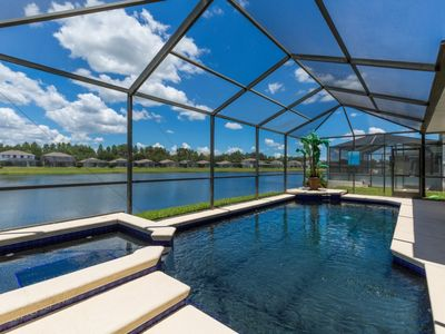 Photo for 5 Bedroom/3.5 Bathrooms Sunset Lakes (2943SV)
