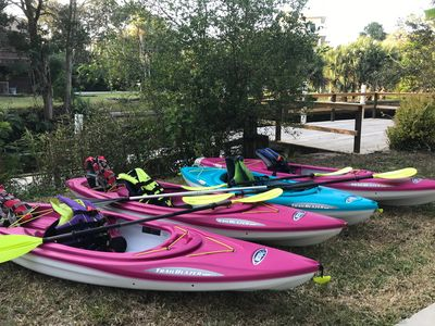 Have fun exploring Weeki Wachee in your 4 Kayaks that are included!